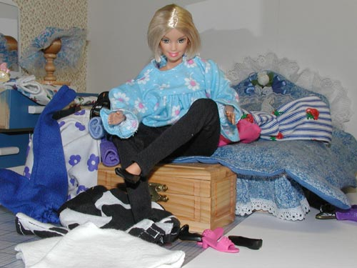 Barbie Getting Dressed